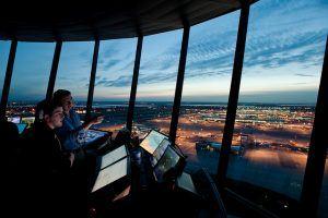 Wieża kontroli lotów na Heathrow